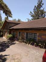 six bedrooms Milimani-Nakuru House for sale