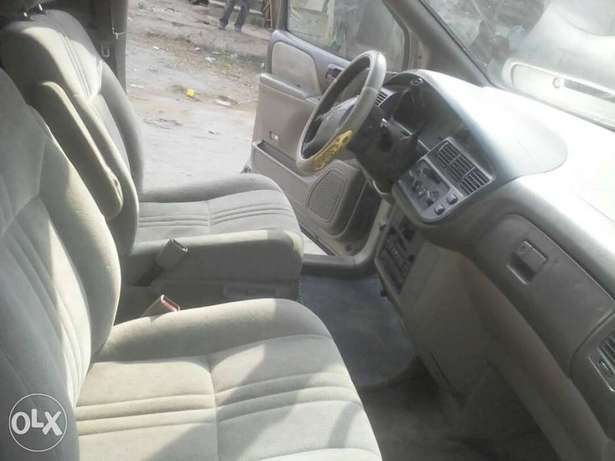 Super Clean First Body Toyota Sienna 2000 model Alakuko - image 6