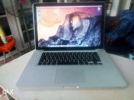 Apple Macbook Pro Intel Corei7 2.9ghz Speed 750gb/8gb 1gb Graphics
