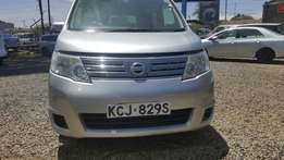 Stock clearing !!Super clean Nissan serena silver colour 2009 model