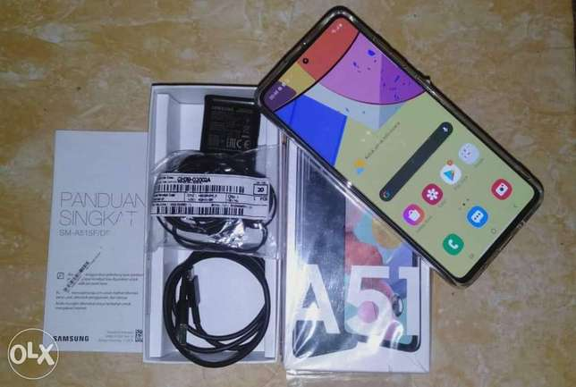 Samsung Galaxy A51 Neat and Clean 10/10 Condition Contact Makkah - image 7