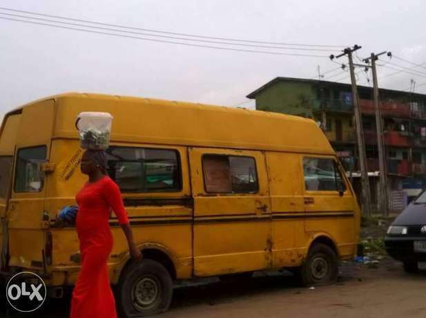 LT bus with Lagos colour Ilasamaja - image 2