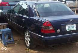 Clean used 2001 mercedes benz C200