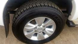 Toyota Hilux Rims and tyres Original