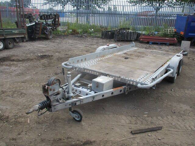 Brian James Trailers DOUBLE AXLE FLATBED PLANT TRAILER WITH TIPPING WINCH