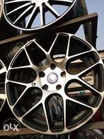 Alloyed rims palace size 18