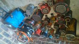 Hydraulic power pack and cylinders