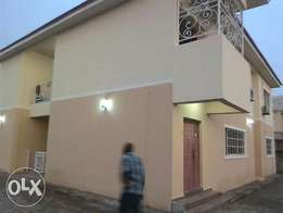 To let 3bedroom nicely renovated at Gwarinpa