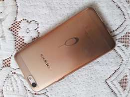 new Oppo F3 phone in good condition