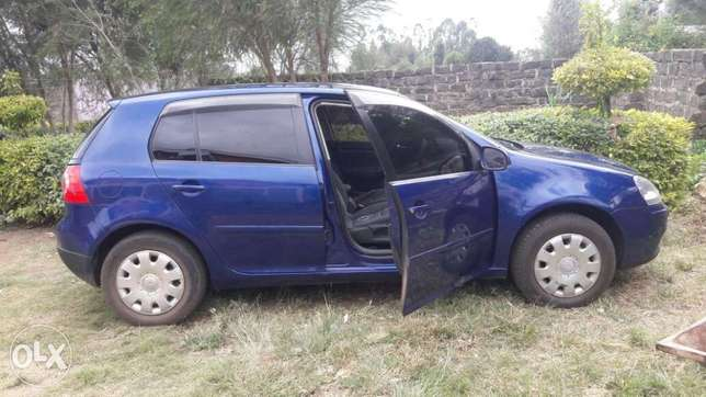 Quick sale of VW Golf 1600cc Athi River - image 5