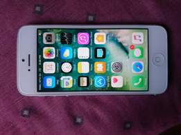 Apple iPhone 5,32gb. Fantastic condition