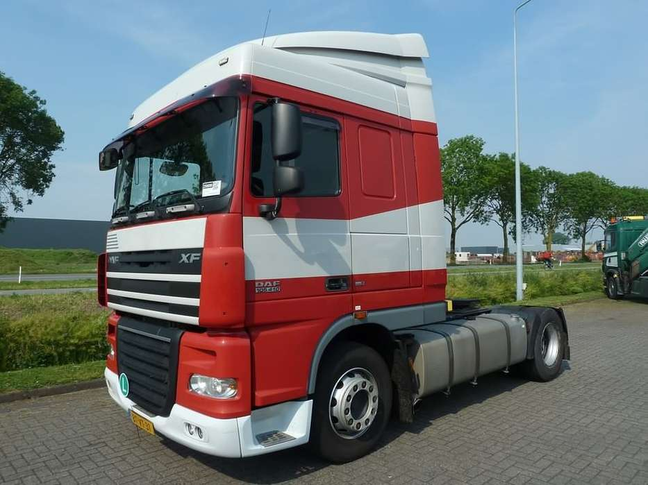 DAF XF 105.410 spacecab e5 nl-truck - 2008