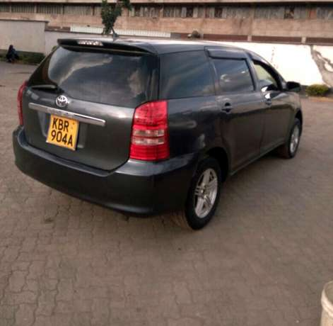 Toyota wish on sale. A very nice and comfy car Donholm - image 2