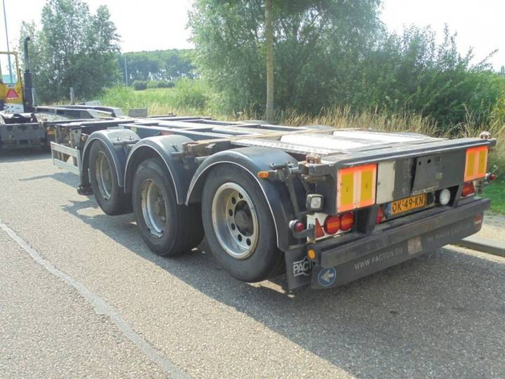 Pacton 3-Axle Multi Extendable / ADR Valid / 2x Lift-Axle / NL - 2009