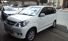 2009 model toyota avanza 1.5tx,white,81 000km,leather,for sal