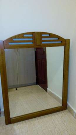 Large American style dress mirror encased in solid wood Kileleshwa - image 3