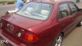 A last month imported tokunbo toyota corolla 2000 model, urgent buyer.