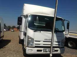 Isuzu NPR400 smoother closed body on special