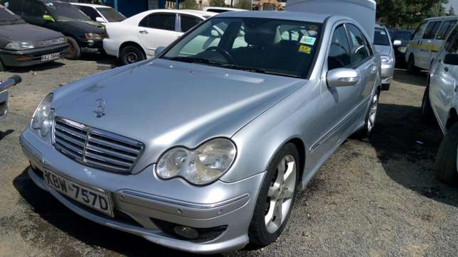 Mercedes c180 accident free Umoja - image 2