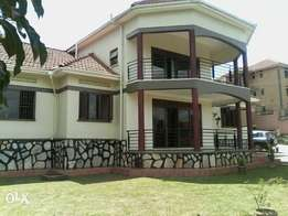 5 bedrooms house for rent in kiwatule- Ntinda at $1000 a month