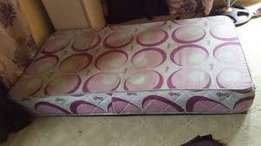 Mattress for sale at giveaway prices (4.5 by 6)