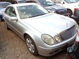 2004,Mercedes E240 super clean