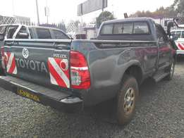 Toyota hilux 4WD local