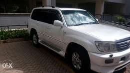 Toyota Land cruiser v8,petrol, KBV,with sunroof. Very clean