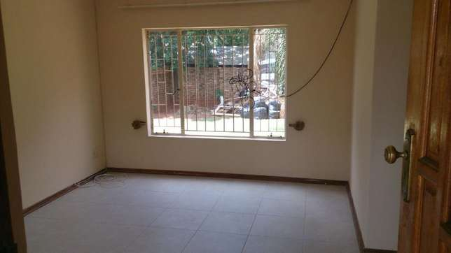 Spacious 3 Bedrooms for sale in Orchards The Orchards - image 6