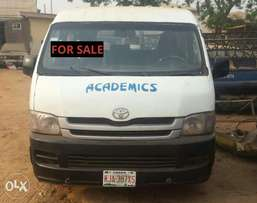 Clean used Toyota Haice Bus