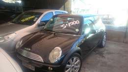 Mini Cooper manual., glass sunroof R49500 as is