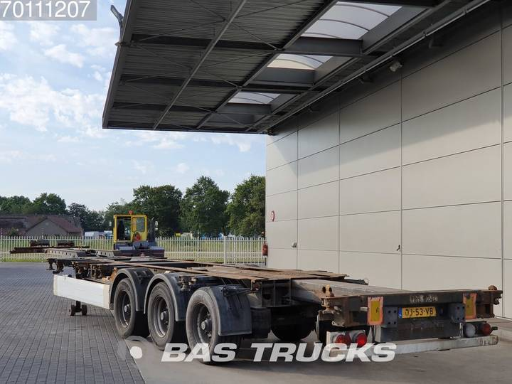 Krone 2x20-1x30-1x40-1x45 ft. 3 axles Multifunctional Chassis - 2006