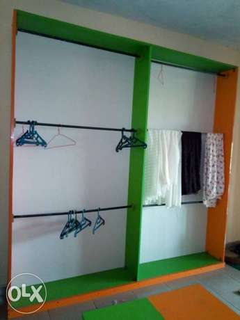 Clean furniture for shop. Three pieces floor to ceiling shelves. Badagry - image 1