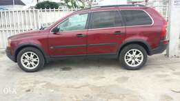 Very Sound and Clean Volvo SUV for sale at a Giveaway Price!