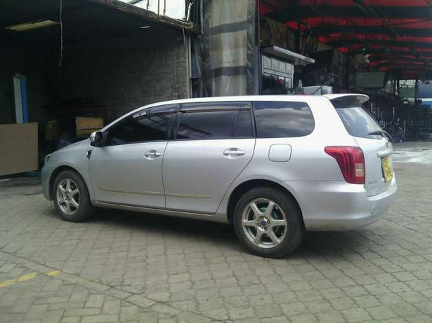 For quick sale Toyota fielder in excellent condition Nakuru East - image 2