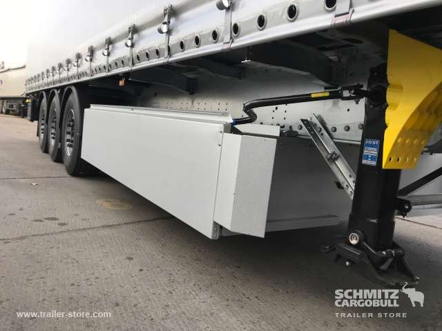 Schmitz Cargobull Curtainsider Standard - 2018 - image 12