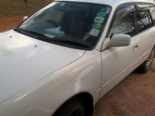 Selling Toyota l touring manual in good condition driven by a lady Arabuko Sokoke Fores - image 4