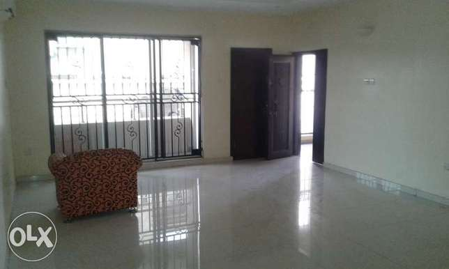 A Lovely 3 Bedrooms Flat for Rent in Lekki Phase 1, Lagos. Ikoyi - image 8