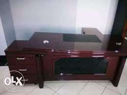 New quality 1.6 metre executive office table