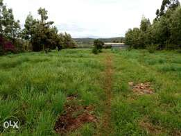 land 2 acres touching Limuru - Ndeiya-Thogoto tarmac bypas at Makutano town