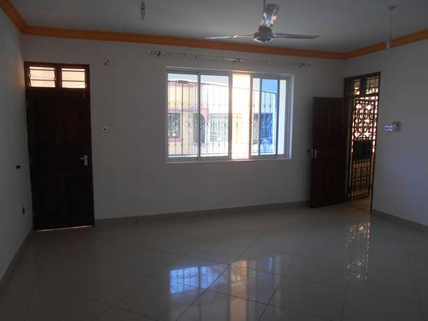 A beautiful 3 bed roomed apartment in Nyali Ganjoni - image 5