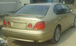 CLEAN Tokunbo GS300 00, automatic, leather interior for N1.950m