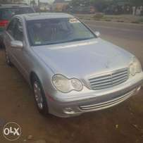 Direct Tokunbo Mercedes-Benz, E320, 2004/05. Very OK To Buy From GMI.
