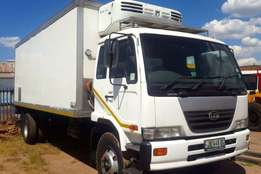Nissan Fridge truck UD90 REEFER Truck which has done 225000km on clock