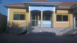 Colourful Brand new 2bedroom self-contained in Naalya at 750k
