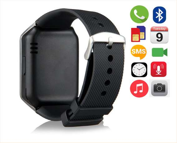 a boxed / SMARTWATCH on sale Kampala - image 2