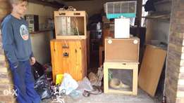 15 snake/reptile cases in good cond