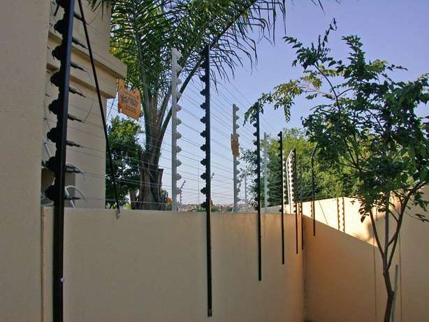 electric fence installations Johannesburg - image 1