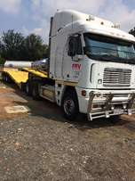 Freightliner & Afrit Lowbed 3-Axle Combination