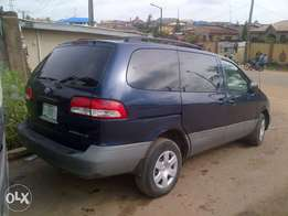 Xcellent and neatly 2 month used Toyota blue sienna